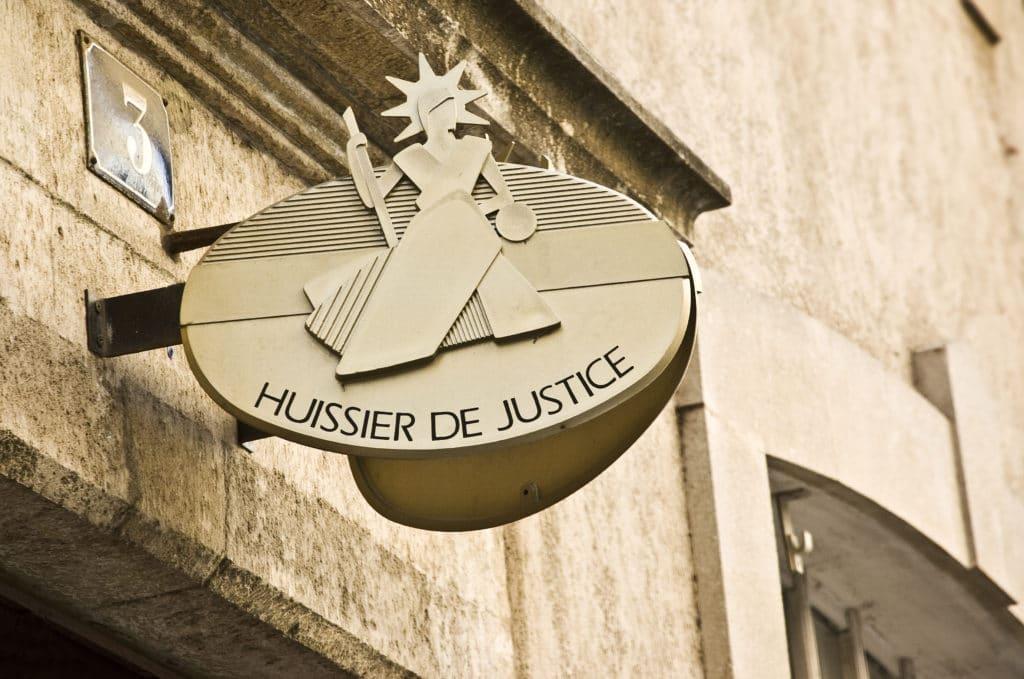 Solution rachat huissier de justice